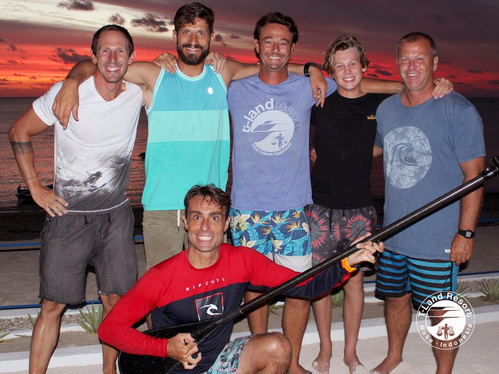 1140-Nacho-Pablo-Harry-Rober-sunset-sup-rote-indo